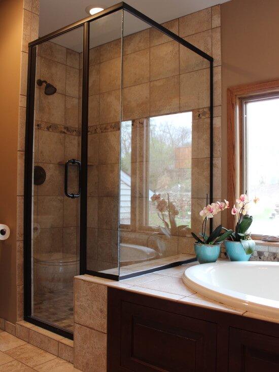 Glass Shower Door Tile Backsplash Classic Rambler Bathroom